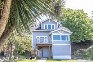 597 Rivington St, Astoria, OR 97103