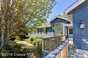 995 SW Cedar Ave, Warrenton, OR 97146