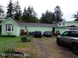 785 SE 13th Pl, Warrenton, OR 97146