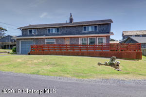 263 Umpqua St, Cannon Beach, OR 97110