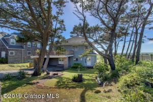 402 S Ocean Ave, Gearhart, OR 97138
