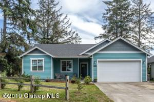 1300 Park Ln, Gearhart, OR 97138