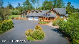 1500 Oster Rd, Gearhart, OR 97138