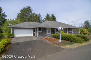 1045 Summit Ave, Gearhart, OR 97138