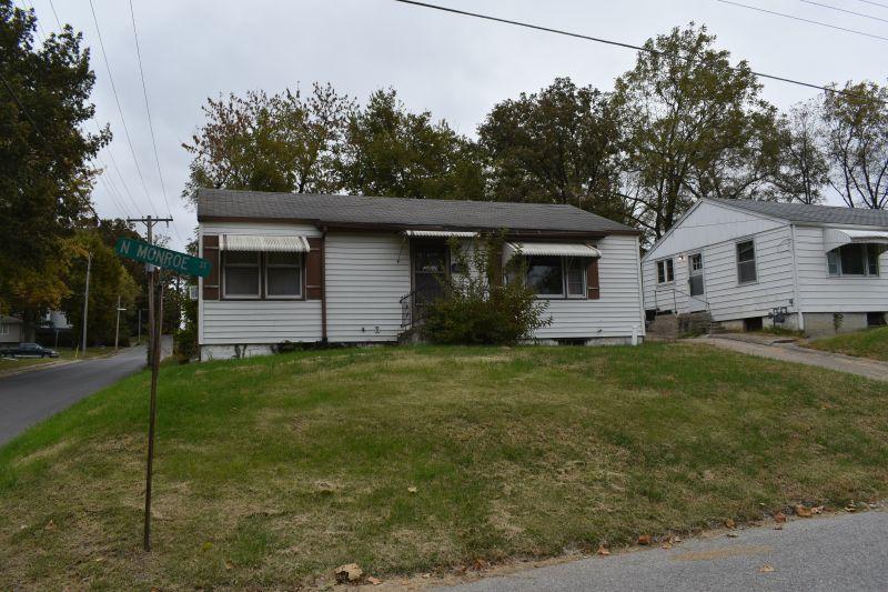 Residential for sale – 516  Monroe   Carrollton, MO