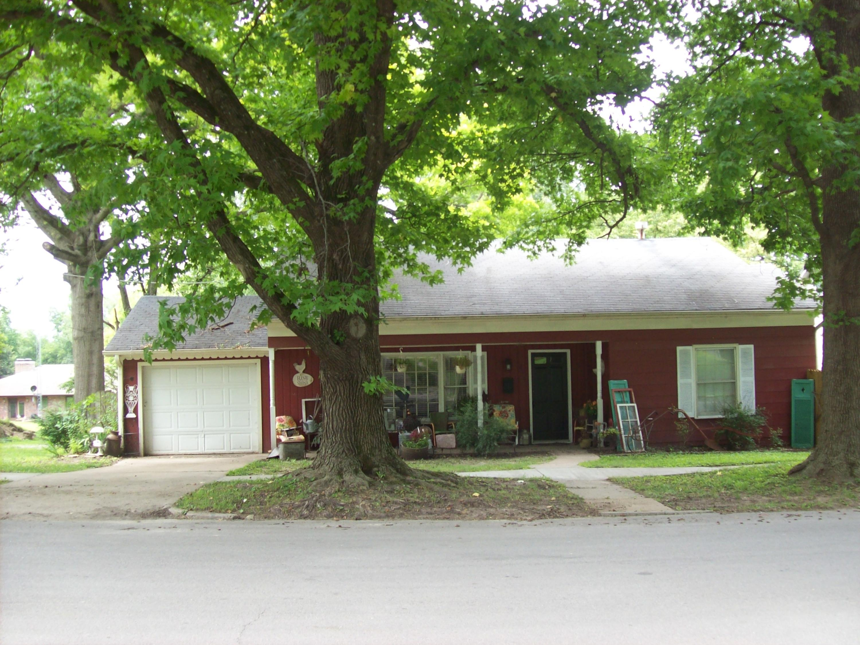 Residential for sale – 611 N Main   Carrollton, MO