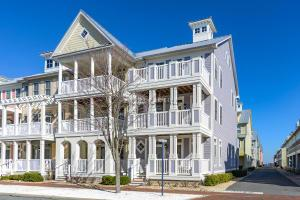 36 Sunset Island Dr, Ocean City, MD 21842
