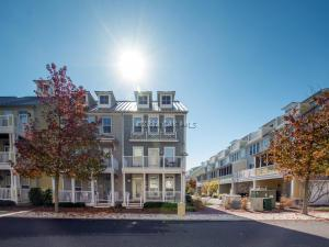 33 Sunset Island Dr, Ocean City, MD 21842