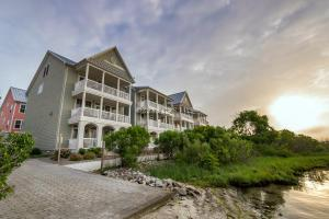 2 Seaside Mews, Ocean City, MD 21842