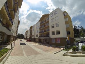 Apartamento En Ventaen Madrid, Hacienda Casablanca, Colombia, CO RAH: 18-466