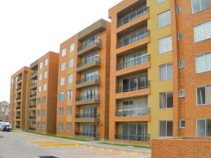 Apartamento En Arriendoen Madrid, Hacienda Casablanca, Colombia, CO RAH: 18-23