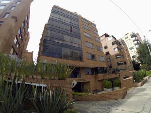 Apartamento En Arriendoen Bogota, La Carolina, Colombia, CO RAH: 18-40