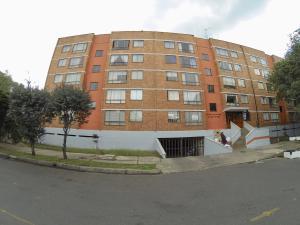 Apartamento En Ventaen Bogota, Castilla, Colombia, CO RAH: 18-48