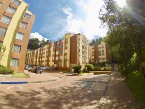 Apartamento En Ventaen Bogota, Usaquen, Colombia, CO RAH: 18-51