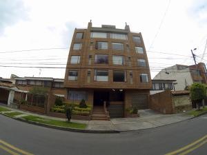 Apartamento En Ventaen Bogota, Contador, Colombia, CO RAH: 18-55
