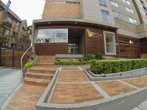 Apartamento En Arriendoen Bogota, Cedritos, Colombia, CO RAH: 18-60