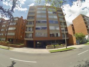 Apartamento En Ventaen Bogota, Santa Bárbara, Colombia, CO RAH: 18-68