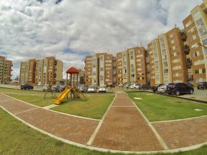 Apartamento En Ventaen Mosquera, La Ciudadela, Colombia, CO RAH: 18-78