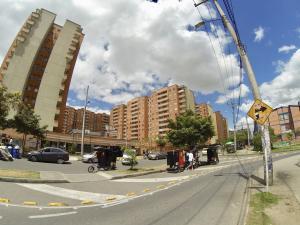Apartamento En Ventaen Bogota, Castilla, Colombia, CO RAH: 18-81