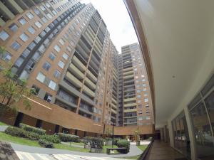 Apartamento En Ventaen Bogota, San Antonio Noroccidental, Colombia, CO RAH: 18-86