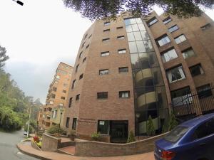 Apartamento En Ventaen Bogota, Rosales, Colombia, CO RAH: 18-87