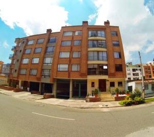 Apartamento En Ventaen Bogota, Batan, Colombia, CO RAH: 18-89