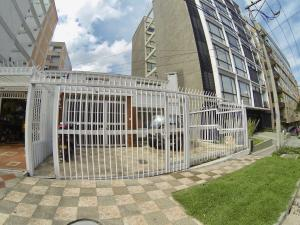 Casa En Ventaen Bogota, Bella Suiza, Colombia, CO RAH: 18-96