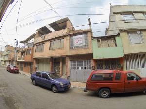 Casa En Ventaen Bogota, Suba, Colombia, CO RAH: 18-106
