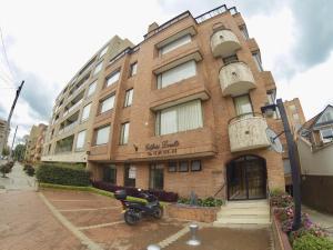 Apartamento En Ventaen Bogota, Rincón Del Chicó, Colombia, CO RAH: 18-111