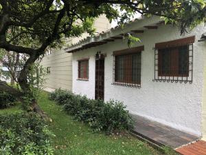 Casa En Ventaen Bogota, Pasadena, Colombia, CO RAH: 18-171
