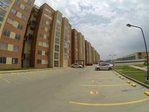 Apartamento En Arriendoen Mosquera, La Ciudadela, Colombia, CO RAH: 18-125