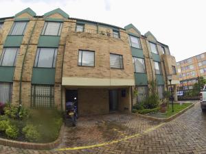 Casa En Ventaen Bogota, Pinar De Suba, Colombia, CO RAH: 18-118