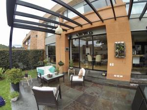 Casa En Ventaen Bogota, San Jose De Bavaria, Colombia, CO RAH: 18-155