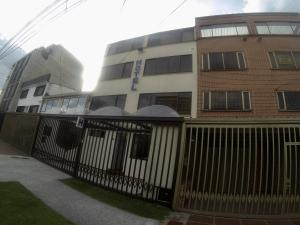 Edificio En Ventaen Bogota, Teusaquillo, Colombia, CO RAH: 18-156