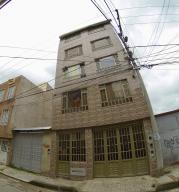 Casa En Ventaen Bogota, Suba Salitre, Colombia, CO RAH: 18-159