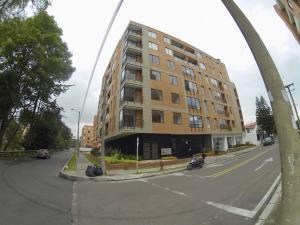 Apartamento En Ventaen Bogota, El Contador, Colombia, CO RAH: 18-160