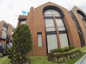 Casa En Ventaen Bogota, Belmira, Colombia, CO RAH: 18-174