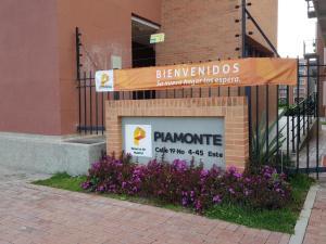 Apartamento En Arriendoen Madrid, Reserva De Madrid, Colombia, CO RAH: 18-210