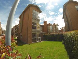 Casa En Ventaen Madrid, San Pedro Madrid, Colombia, CO RAH: 18-212
