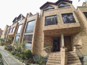 Casa En Ventaen Bogota, Gratamira, Colombia, CO RAH: 18-219