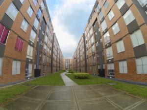 Apartamento En Ventaen Bogota, Tintal, Colombia, CO RAH: 18-250