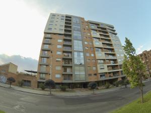 Apartamento En Arriendoen Bogota, Belmira, Colombia, CO RAH: 18-261