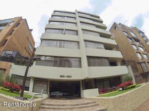 Apartamento En Ventaen Bogota, Chico Norte, Colombia, CO RAH: 18-270