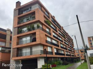 Apartamento En Ventaen Bogota, Chico Navarra, Colombia, CO RAH: 18-273