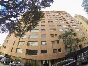Apartamento En Arriendoen Bogota, El Refugio, Colombia, CO RAH: 18-300