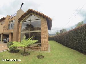 Casa En Ventaen Chia, Chia, Colombia, CO RAH: 18-302
