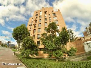 Apartamento En Arriendoen Bogota, Chico, Colombia, CO RAH: 18-311