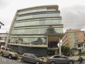 Oficina En Ventaen Bogota, Chico, Colombia, CO RAH: 18-360