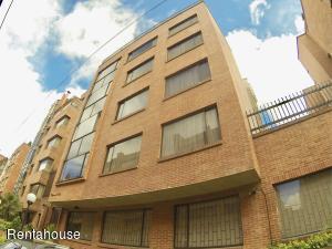 Apartamento En Arriendoen Bogota, Chico, Colombia, CO RAH: 18-331