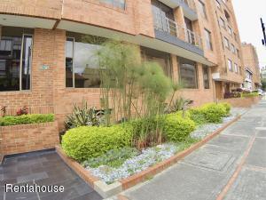 Apartamento En Arriendoen Bogota, Santa Bárbara, Colombia, CO RAH: 18-335
